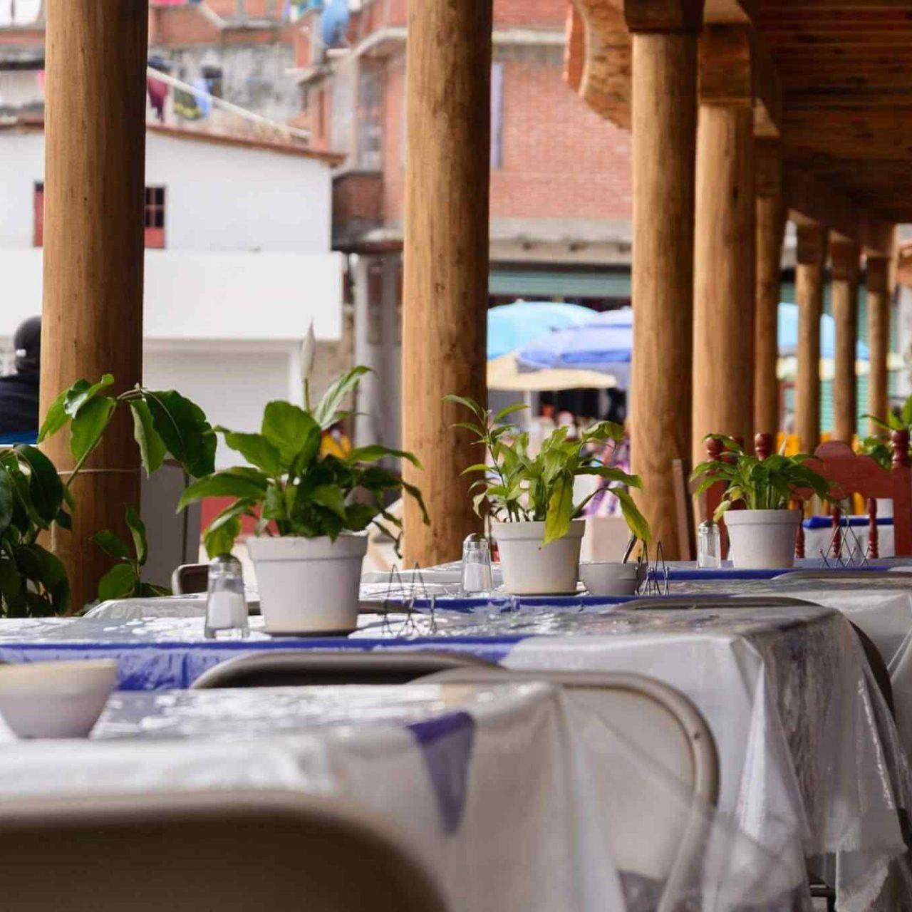 http://www.apnottingham.org.uk/wp-content/uploads/2017/10/restaurant-mexican-17-1-1280x1280.jpg